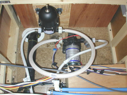 Water Tank Plumbing : Water storage tank not filling up
